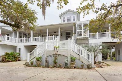 Milton Single Family Home For Sale: 3132 Robinson Point Rd