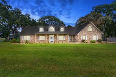 Pensacola Single Family Home For Sale: 10398 McArthur Ln
