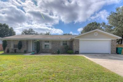 Navarre Single Family Home For Sale: 7897 Sleepy Bay Blvd