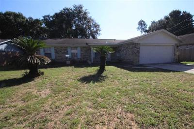 Milton Single Family Home For Sale: 4448 Chantilly Way
