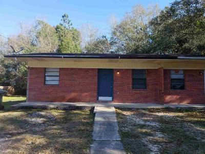Cantonment Rental For Rent: 1250 Lake Dr #A