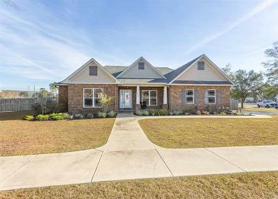 Pensacola Single Family Home For Sale: 5700 Sparkleberry Ln