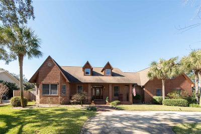Gulf Breeze Single Family Home For Sale: 1357 Windsor Park Rd