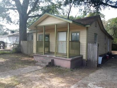 Pensacola FL Single Family Home For Sale: $43,200
