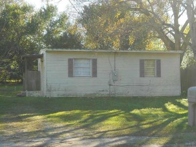 Cantonment Rental For Rent: 421 Well Line Rd