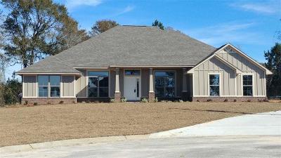 Jay Single Family Home For Sale: 2319 Leonards Way