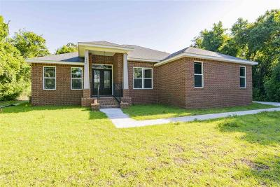 Navarre Single Family Home For Sale: 2976 Holley Point Rd