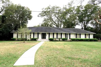 Warrington Single Family Home For Sale: 107 Country Club Rd
