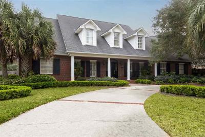 Gulf Breeze Single Family Home For Sale: 290 Plantation Hill Rd