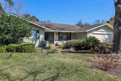 Gulf Breeze Single Family Home For Sale: 404 Dracena Way