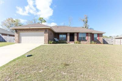 Cantonment Single Family Home For Sale: 1584 Twin Pines Cir