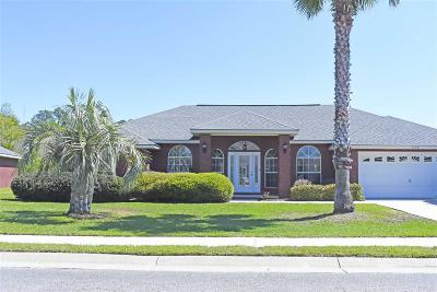 Gulf Breeze Single Family Home For Sale: 1680 Woodlawn Way