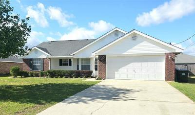 Pace Single Family Home For Sale: 4892 Spencer Oaks Blvd