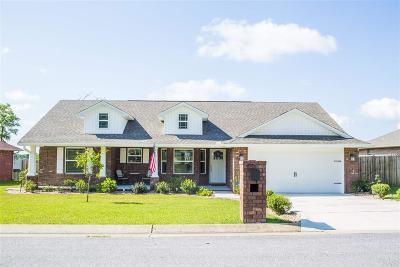 Milton Single Family Home For Sale: 5561 Hannah St