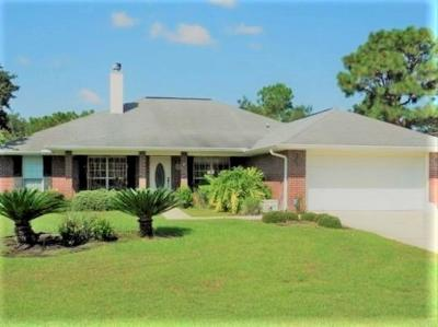 Navarre Single Family Home For Sale: 2029 Commodore Dr