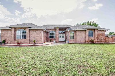 Pensacola Single Family Home For Sale: 5092 Chandelle Dr