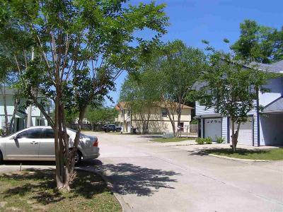 Santa Rosa County Multi Family Home For Sale: 6250 Hamilton Bridge Rd