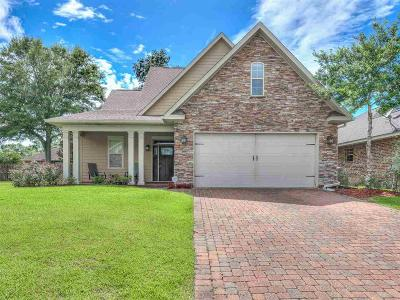 Escambia County Single Family Home For Sale: 9823 Monet Way