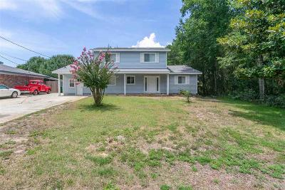 Gulf Breeze Single Family Home For Sale: 1516 Marimack Dr