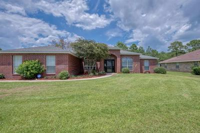 Navarre Single Family Home For Sale: 7432 Brewster St