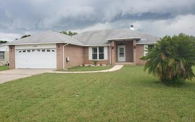 Pensacola Single Family Home For Sale: 12154 Longwood Dr