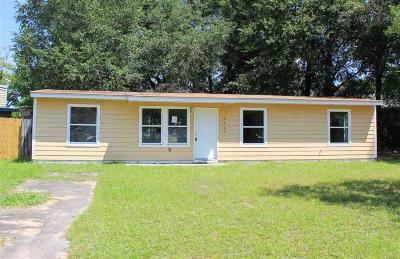 Milton Single Family Home For Sale: 6526 Lyons Dr