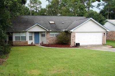 Gulf Breeze Single Family Home For Sale: 286 Bobwhite Dr