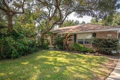 Gulf Breeze Single Family Home For Sale: 2380 Reservation Rd
