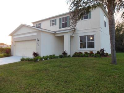 Vero Beach Single Family Home For Sale: 761 Carriage Lake Way