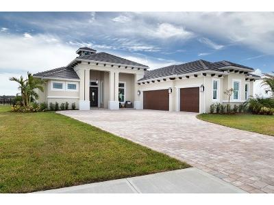 Vero Beach Single Family Home For Sale: 4805 Sunset Drive