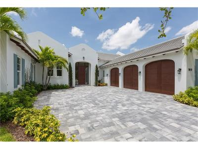 Vero Beach Single Family Home For Sale: 800 Old Oak Lane