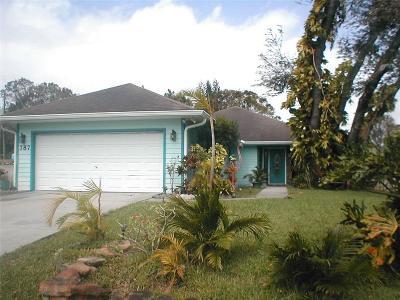 Sebastian Single Family Home For Sale: 787 Albatross Terrace