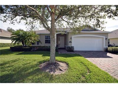 Vero Beach Single Family Home For Sale: 4261 Abington Woods Circle