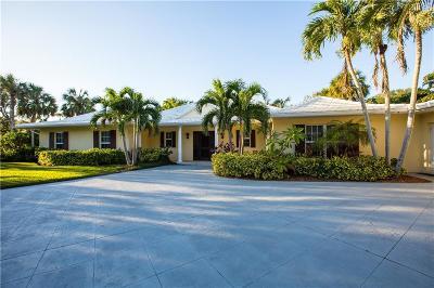 Vero Beach Single Family Home For Sale: 4635 Pebble Bay