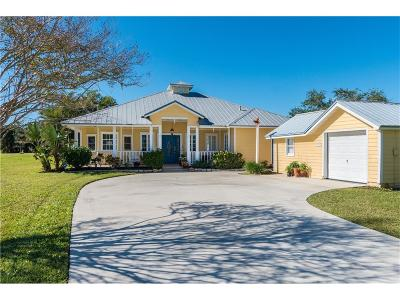 Sebastian Single Family Home For Sale: 13475 N Indian River Drive