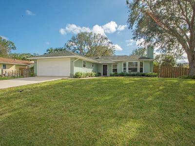 Fort Pierce Single Family Home For Sale: 7905 Fort Walton Avenue