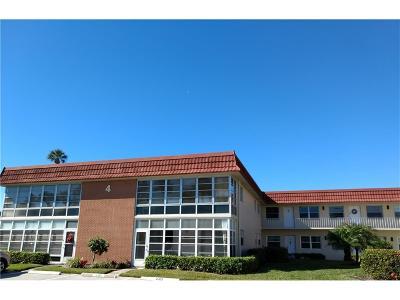 Vero Beach Condo/Townhouse For Sale: 4 Vista Palm Lane #106