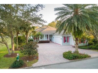 Vero Beach Single Family Home For Sale: 202 Oak Hammock Circle SW