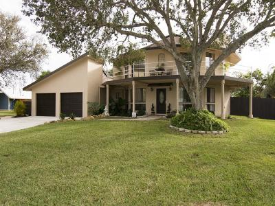 Vero Beach Single Family Home For Sale: 421 12th Place SE