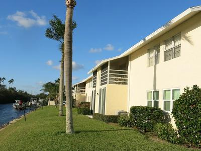 Vero Beach Condo/Townhouse For Sale: 1845 Robalo Drive #202D