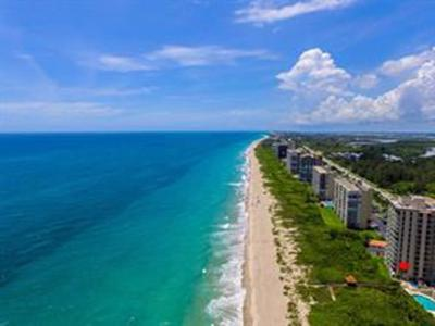 Condo/Townhouse For Sale: 4310 N Highway A1a #302S