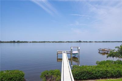 Satellite Beach Single Family Home For Sale: 802 Loggerhead Island Drive