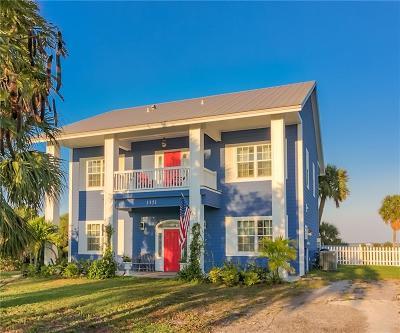 Single Family Home For Sale: 3351 NE Skyline Drive