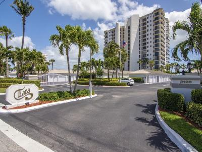 Condo/Townhouse For Sale: 3120 N Highway A1a #1102