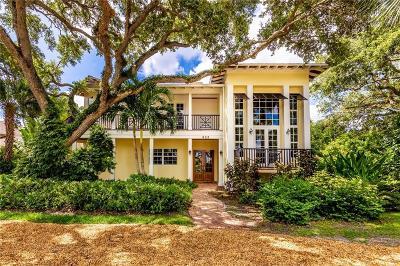 Vero Beach Single Family Home For Sale: 422 Live Oak Road