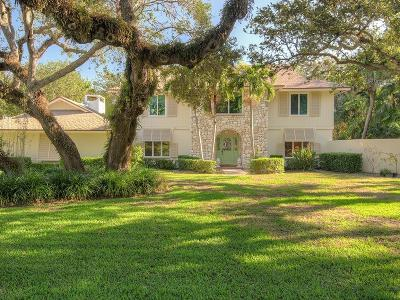 Castaway Cove Single Family Home For Sale: 1046 Winding River Road