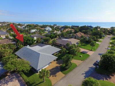 Castaway Cove Single Family Home For Sale: 1344 Shorewinds Lane