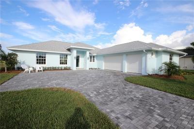 Sebastian Single Family Home For Sale: 108 Blue Heron Way