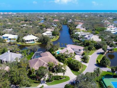 Shores Single Family Home For Sale: 221 Shores Drive