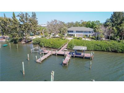 Riverside Estates Single Family Home For Sale: 1095 Morningside Drive